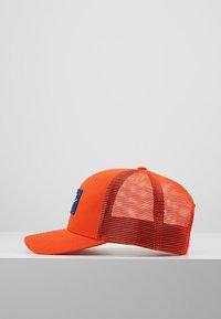 Nike Sportswear - TRUCKER - Cap - team orange - 3