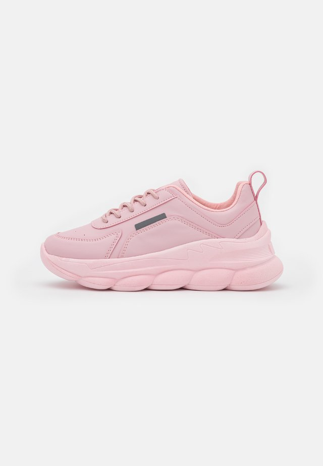 COTTON CANDY - Sneakers laag - pink