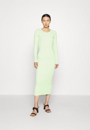 CLAIRE - Strickkleid - green