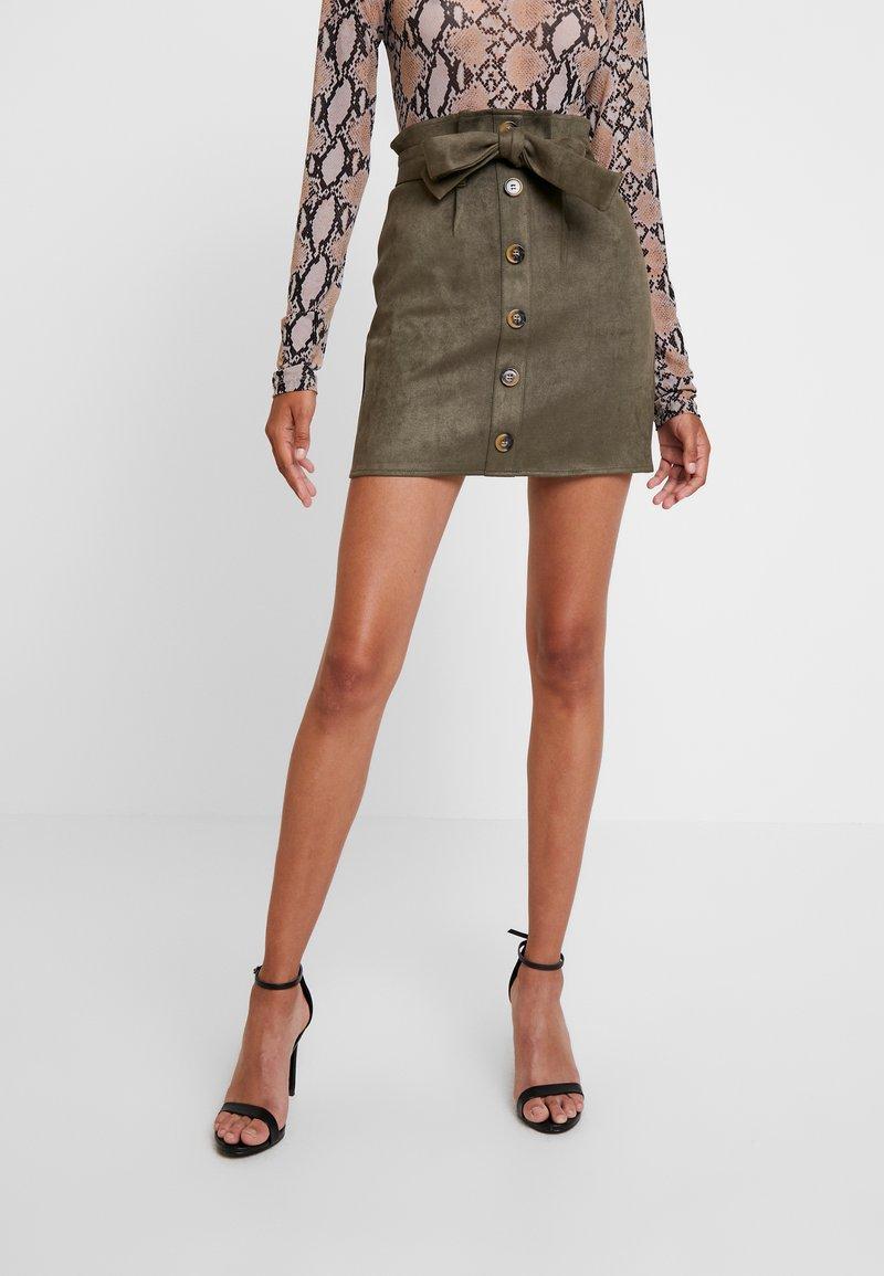 Missguided - PAPERBAG WAIST SKIRT - Pencil skirt - khaki