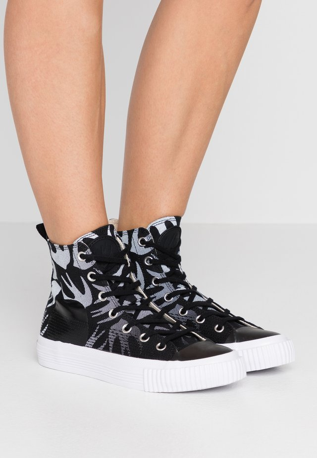 SWALLOW PLIMSOLL  - High-top trainers - black/optic white