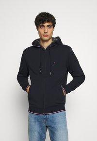Tommy Hilfiger - BASIC HOODY - Zip-up hoodie - blue - 0