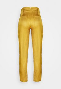 Scotch & Soda - TAILORED PANTS IN SHINY BLEND - Trousers - marigold - 1