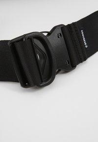 Converse - SWAP OUT SLING PACK - Bum bag - black - 2