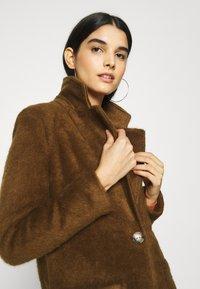 ONLY - ONLCLAIRE COAT - Klasický kabát - toasted coconut - 3
