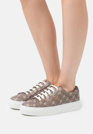 CORTINA DAPHNE - Sneakers laag - mud
