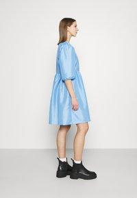 Monki - CELIA DRESS - Vardagsklänning - blue light - 3