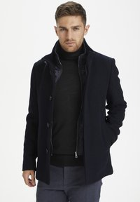 Matinique - MATINIQUE MAHARVEY SHORT - Blazer jacket - dark navy - 0