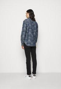Versace Jeans Couture - BAROQUE - Shirt - light blue - 2