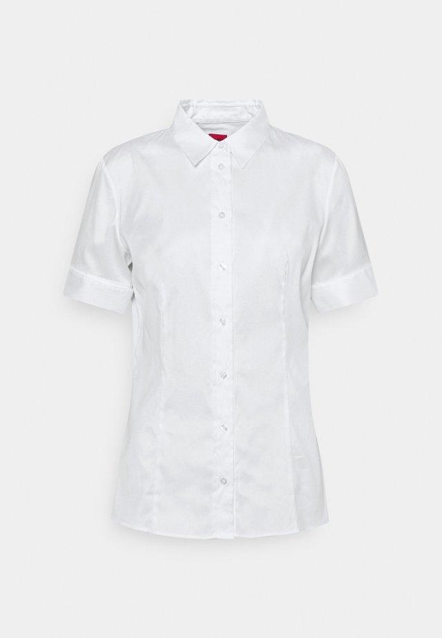 ESHILA - Košile - white