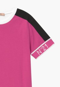 N°21 - MAGLIETTA - Print T-shirt - fuxia - 3