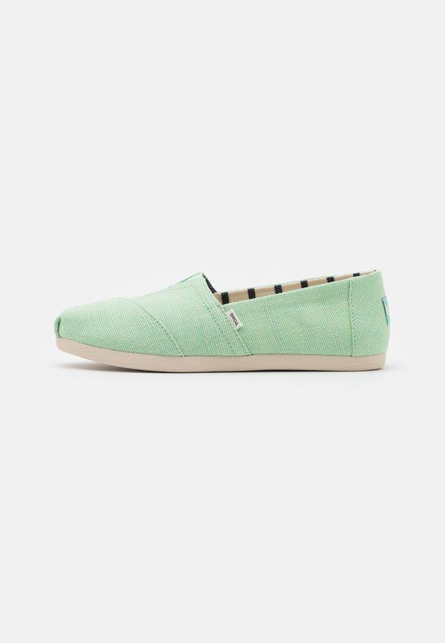 ALPARGATA VEGAN - Nazouvací boty - pastel green
