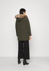 Dorothy Perkins - TRIM COAT - Winter coat - khaki - 2