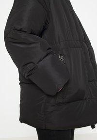 Monki - BEA - Zimní bunda - black dark - 6