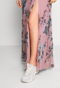 Nly by Nelly - IN LOVE WRAP GOWN - Maxi šaty - multicoloured - 3