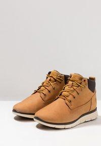 Timberland - KILLINGTON CHUKKA - Lace-up ankle boots - wheat - 3