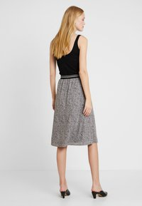comma casual identity - LANG - A-line skirt - brown - 2