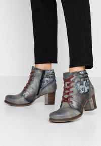 Mustang - Ankle boots - grau - 0