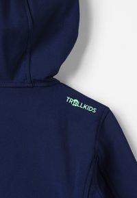 TrollKids - KIDS TROLLFJORD JACKET - Soft shell jacket - navy/light green - 6