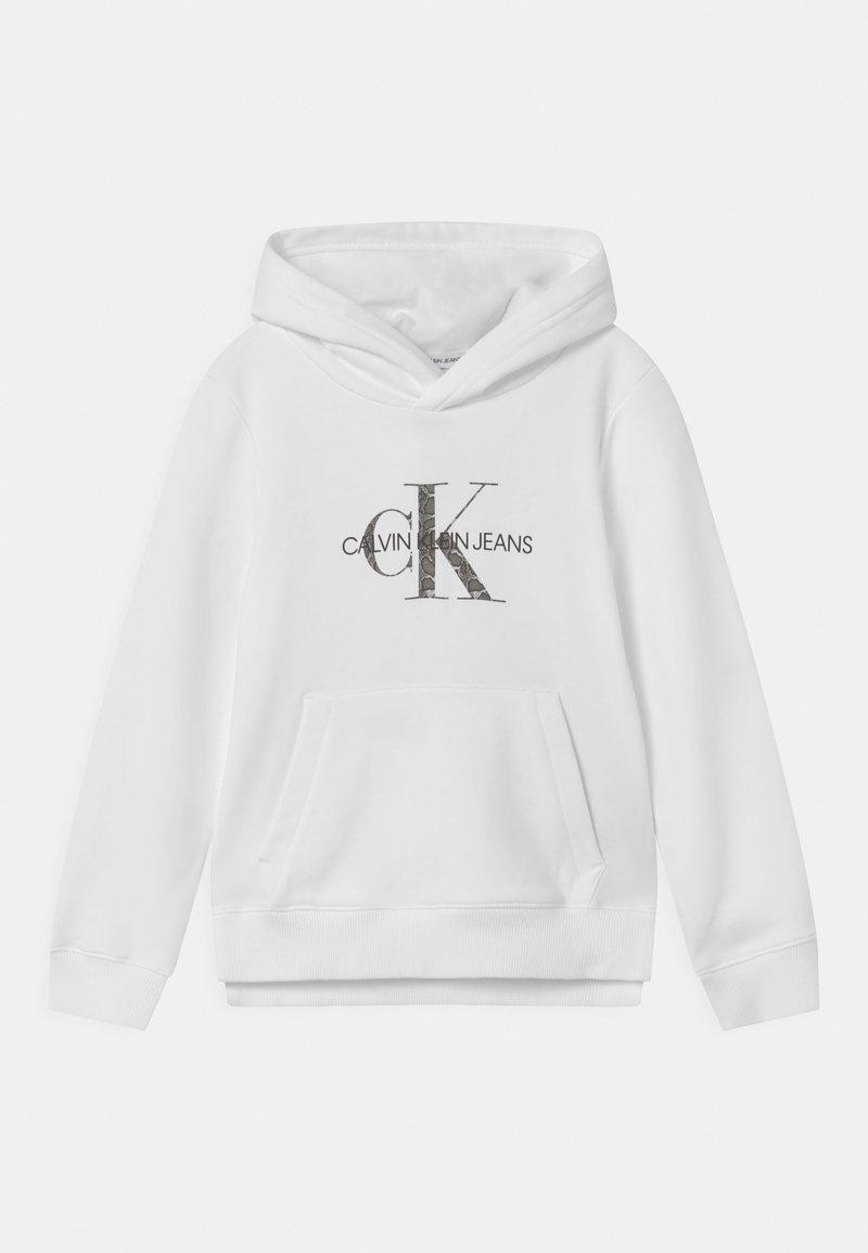 Calvin Klein Jeans - REPTILE SKIN MONOGRAM HOODIE - Collegepaita - bright white
