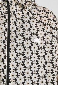 Levi's® - LINA PACKABLE WINDBRKR - Summer jacket - caviar - 3