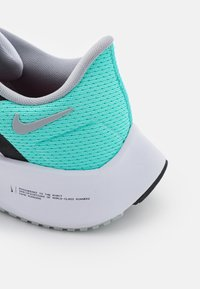 Nike Performance - AIR ZOOM PEGASUS 38 - Neutrala löparskor - white/wolf grey/hyper pink/dynamic turquoise/black/barely green - 5