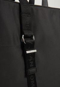 Tommy Jeans - MODERN TWIST TOTE - Tote bag - black - 5