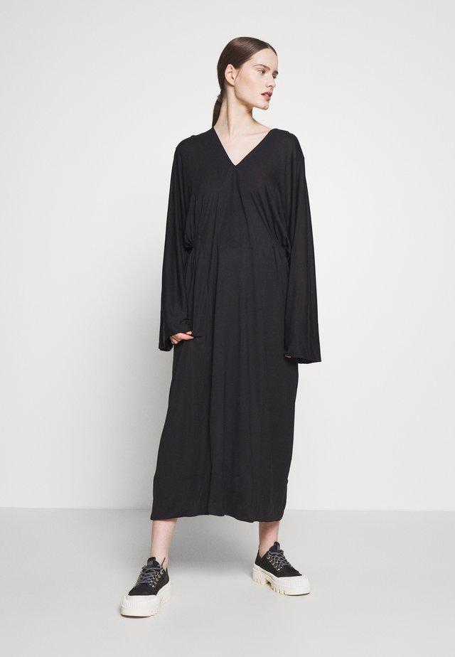 JELLY DRESS - Robe longue - black
