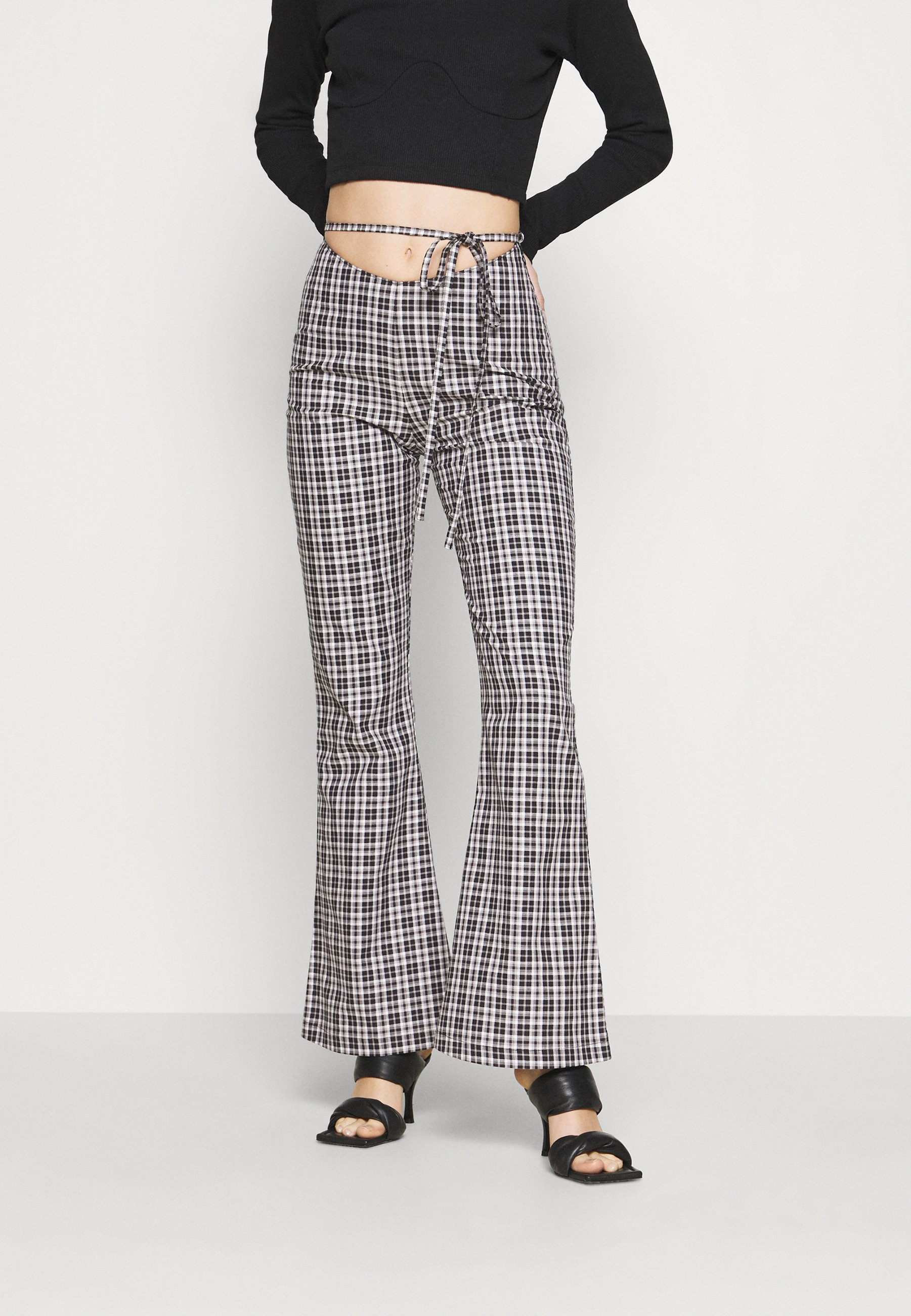 Women CHECK FLARES WAIST TIE - Trousers