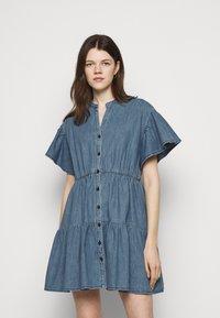 Vanessa Bruno - RIO - Robe en jean - blue - 0