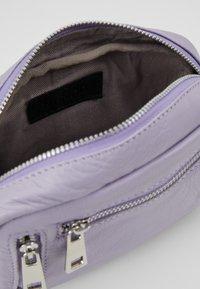 Núnoo - BRENDA - Across body bag - lavender - 4