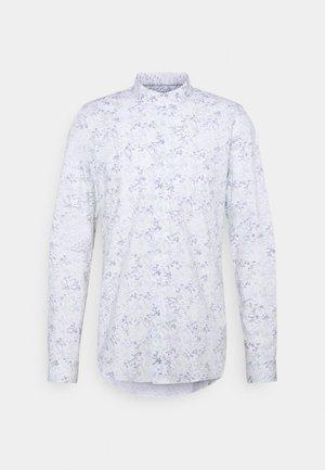 Shirt - lichen
