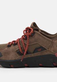 Cat Footwear - CRAIL - Sneakers laag - shitake - 5