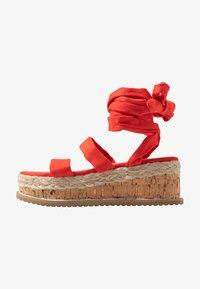 Public Desire - FRESCA - Sandály na platformě - red - 1