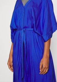 Monki - CARRO DRESS - Maxikjole - blue - 5
