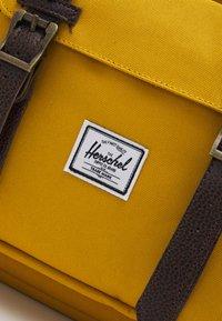 Herschel - LITTLE AMERICA BACKPACKS - Rucksack - yellow - 3