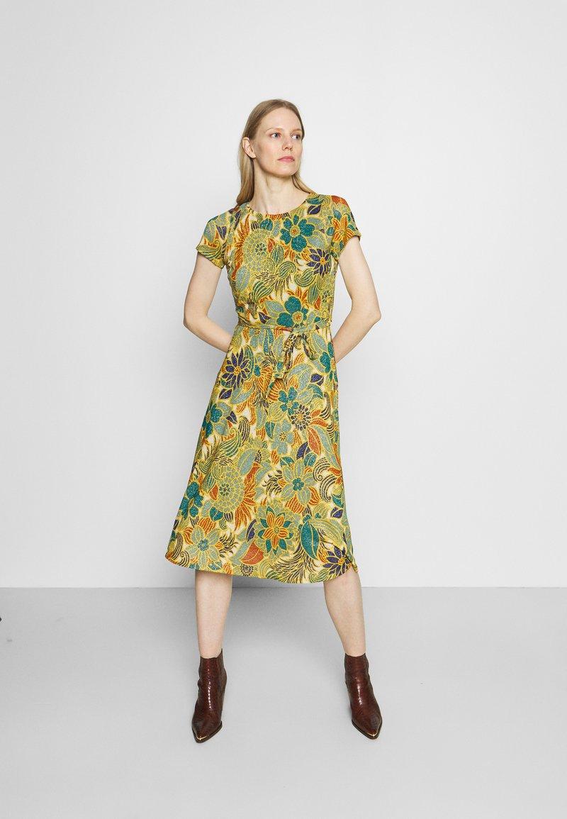 King Louie - BETTY PARTY DRESS SAN FELIPE - Jersey dress - ceylon yellow