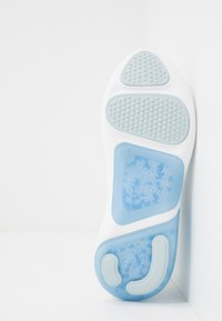 Nike Performance - JOYRIDE DUAL  - Neutral running shoes - white/metallic silver/aura/hydrogen blue - 4