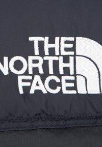 The North Face - RETRO NUPTSE - Liivi - black - 2