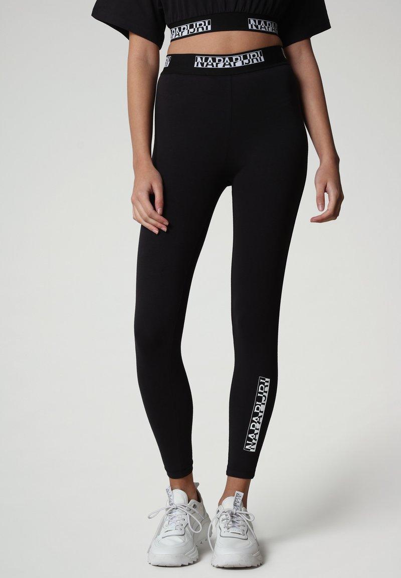 Napapijri - M-BOX LEGGINGS - Leggings - Trousers - black