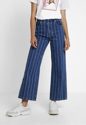 A STREET ALINE - Flared Jeans - thunder