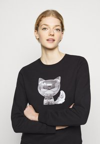 KARL LAGERFELD - 3D IKONIK CHOUPETTE  - Sweatshirt - black - 3