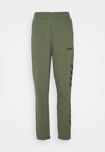 LEGACY PANTS - Pantalon de survêtement - beetle