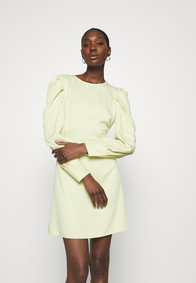 PUFF SLEEVE MINI DRESS - Cocktailklänning - lemon