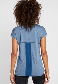 ASICS - CAPSLEEVE - Print T-shirt - mako blue heather - 2