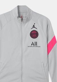 Nike Performance - PARIS ST GERMAIN SET UNISEX - Article de supporter - pure platinum/black/hyper pink - 3