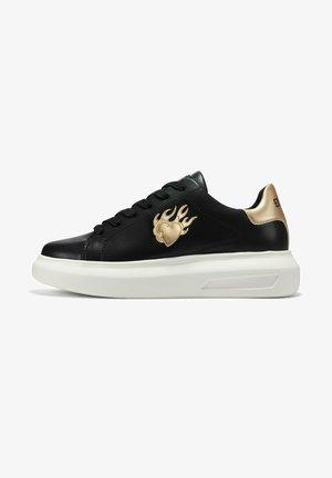 BUMP ED FLAME - Sneakers laag - black gold white