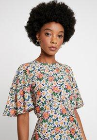 Topshop - AUSTIN DAISY - Vestido largo - multi-coloured - 4