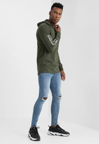 Only & Sons - ONSWF DEAN TEE HOODIE  - Luvtröja - forest night - 1