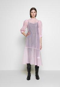 Weekday - VANESSA DRESS - Denní šaty - pink light - 1
